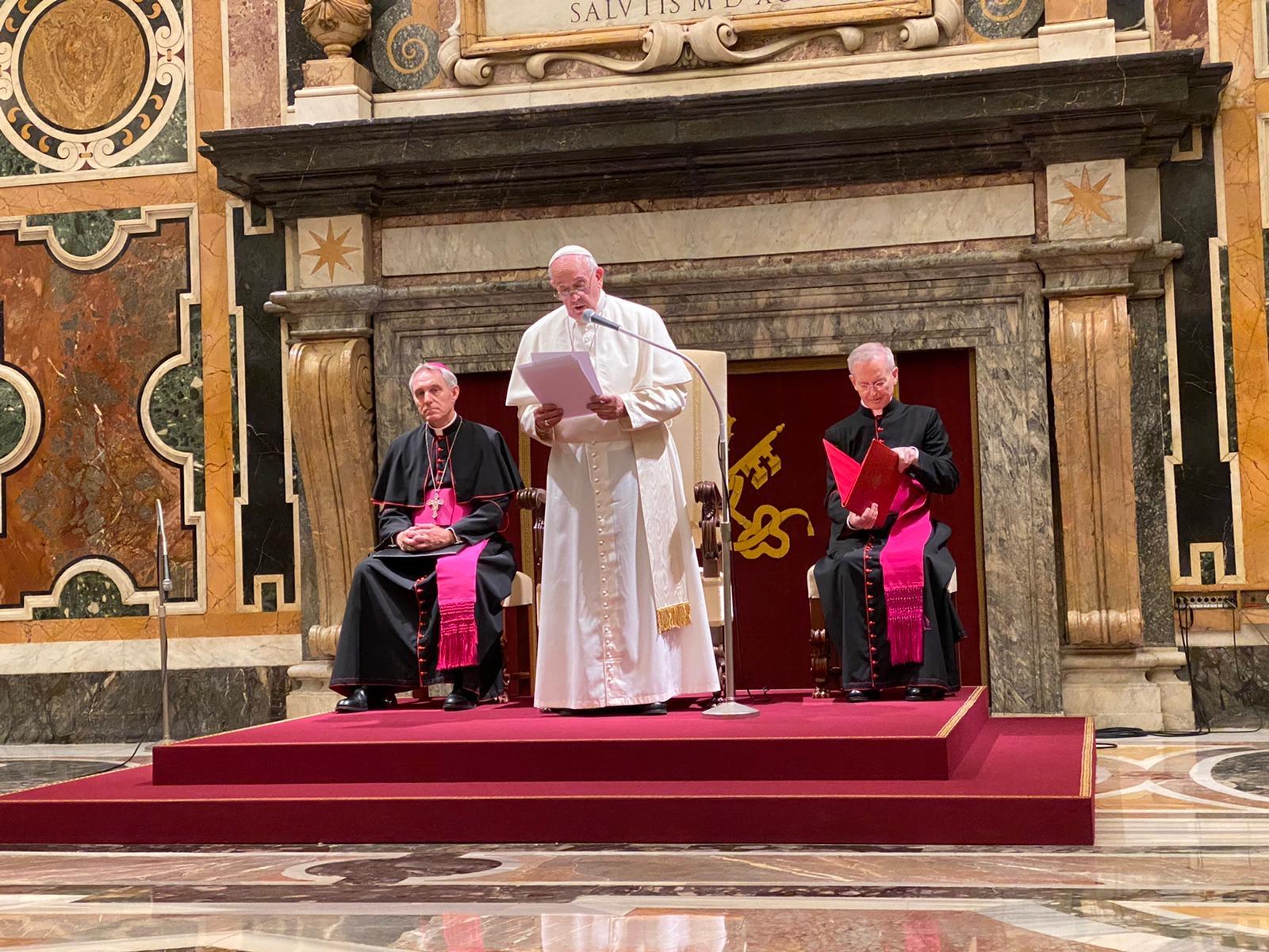 Papa Francesco incontra le Sale